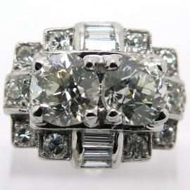 Luxueuse bague arts décoratifs en platine et diamants Quai de la Tournelle 1910