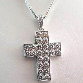 Croix pavée de diamants et chaîne en or blanc Cartier 271