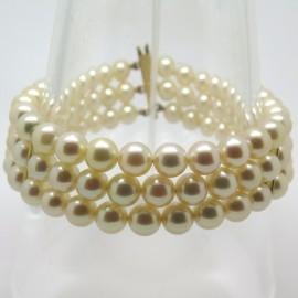 Bracelet trois rangs de perles Akoya 203