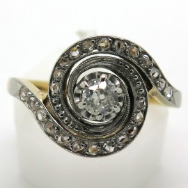 Bague tourbillon Circa 1900 en or et diamants 1930