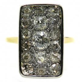 Bague rectangulaire ancienne pavée de diamants 1948