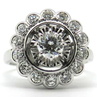 Bague de fiançailles ancienne diamants or gris 1781