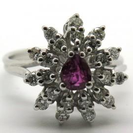 Bague fleur rubis pétales diamants rayonnants 1778