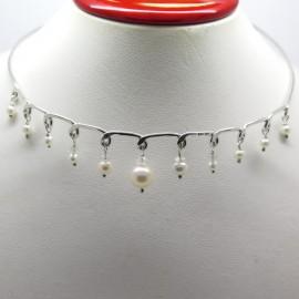 Philomène Thébault - Collier ras de cou perles et argent C129