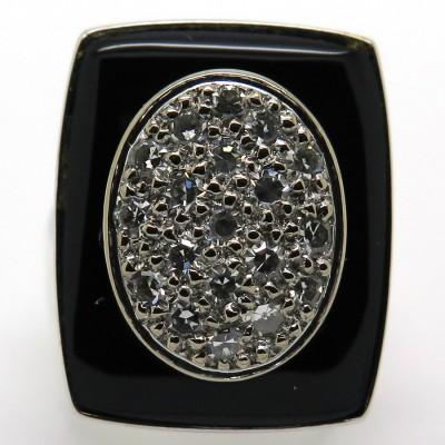 Bague de style Art Déco en or blanc onyx et diamants 1786