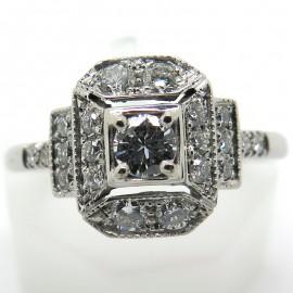 Bague octogonale en or blanc et diamants C71