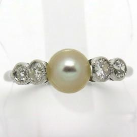 Bague perle diamants platine ancienne 1823