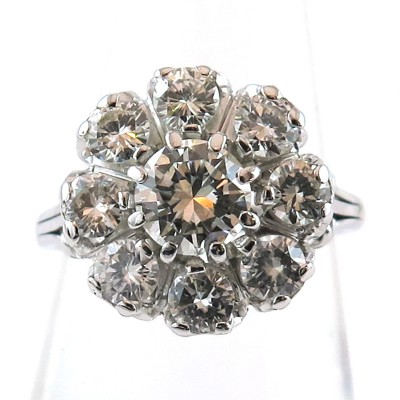Bague marguerite sertie de neuf diamants 1497