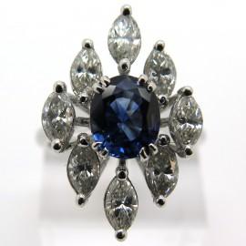 Joaillerie vintage d'occasion à Paris centre – Bague marquise saphir entourage diamants taille navette 1797