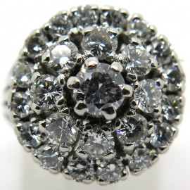 Bague fleur sertie de diamants 1857