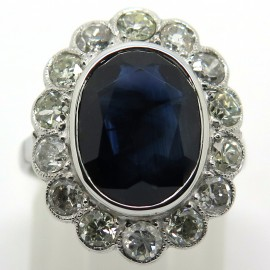 Bague modèle Pompadour saphir diamants monture or blanc 1863