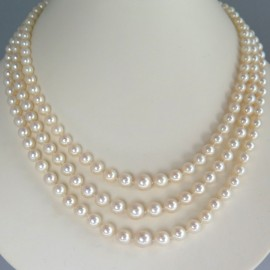 Collier trois rangs de perles Akoya vintage 283