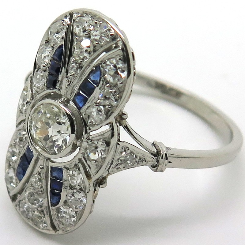 Bague marquise ancienne en platine diamants et pierres bleues eug nie 1903 for Marquise ancienne